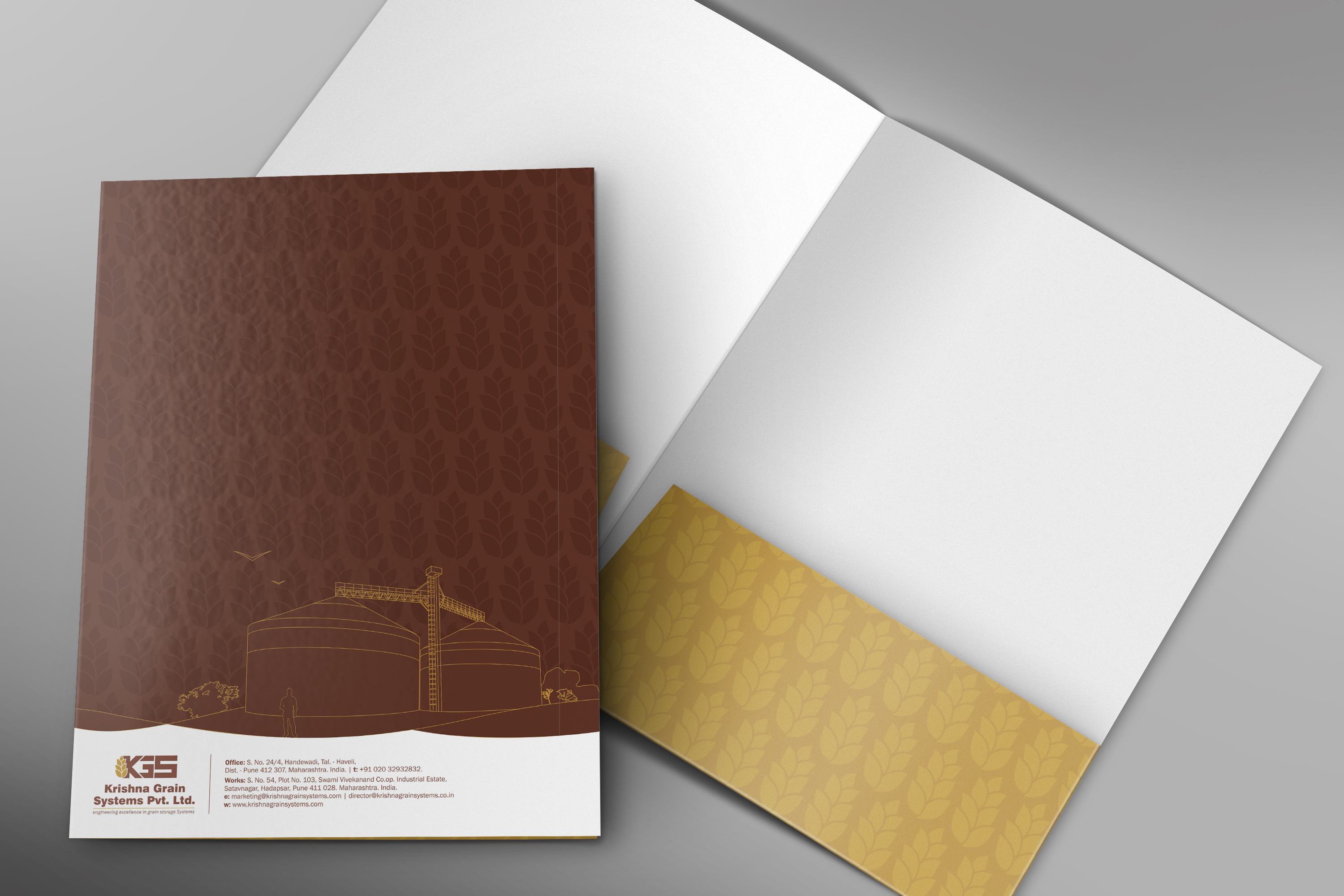 Front-and-Inside-Folder-Mockup-PSD-Template_1